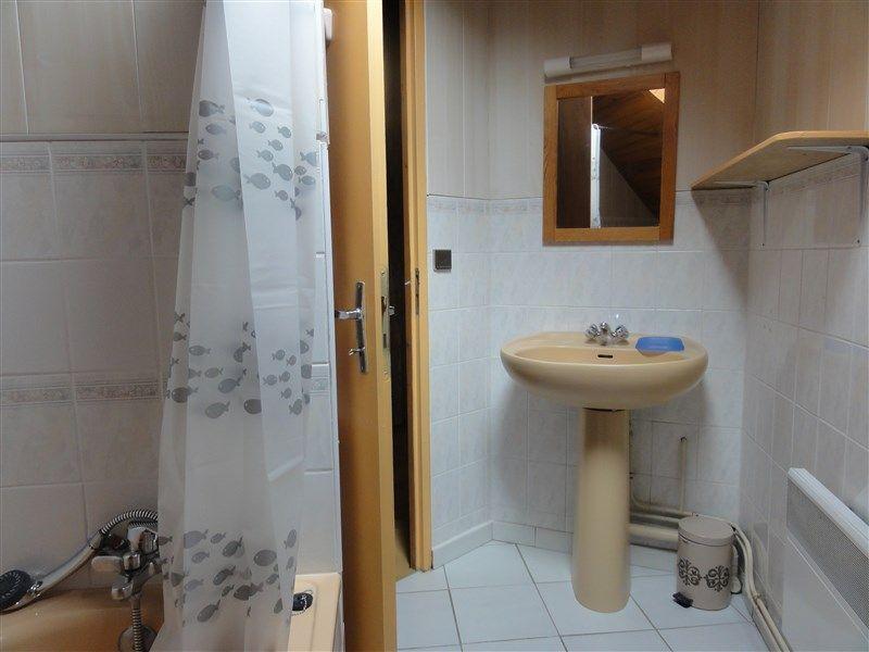 salle de bain 1 Location Appartement 78239 Luz Saint Sauveur