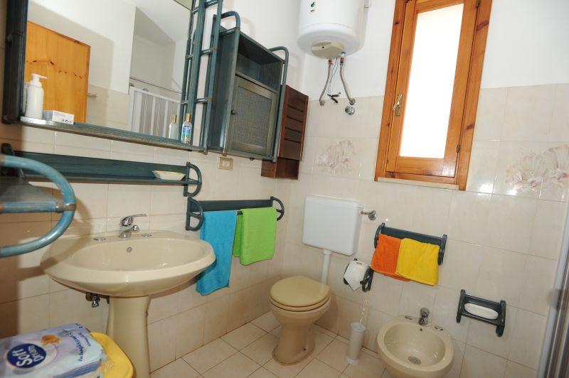 salle de bain Location Appartement 86166 Pescoluse
