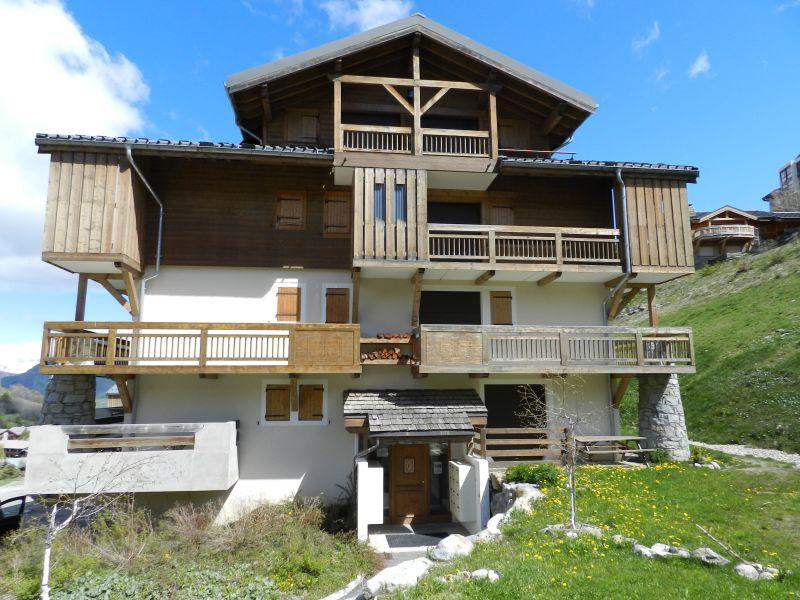 Vue extérieure de la location Location Appartement 87190 Les 2 Alpes