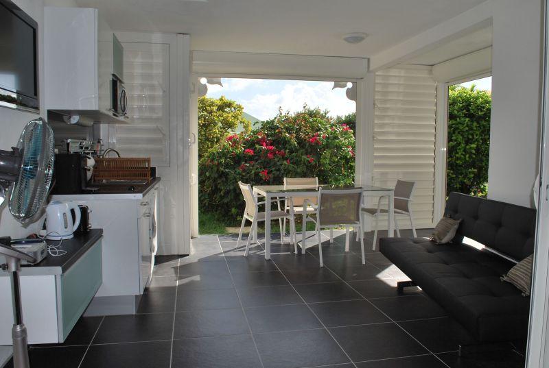 Séjour Location Appartement 90989 Saint Francois