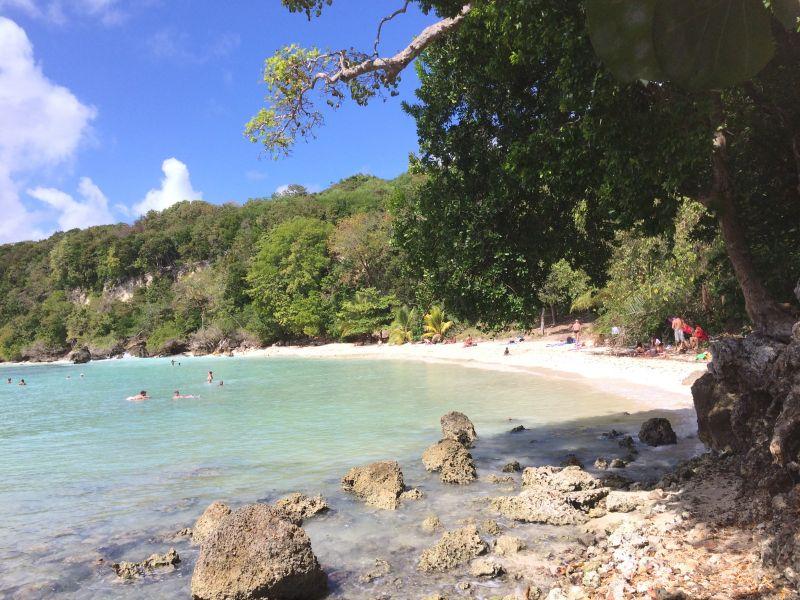 Vue à proximité Location Chambre d'hôte insolite 93210 Gosier (Guadeloupe)