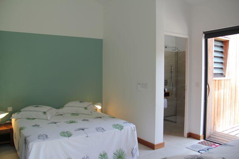 chambre 3 Location Chambre d'hôte insolite 93210 Gosier (Guadeloupe)