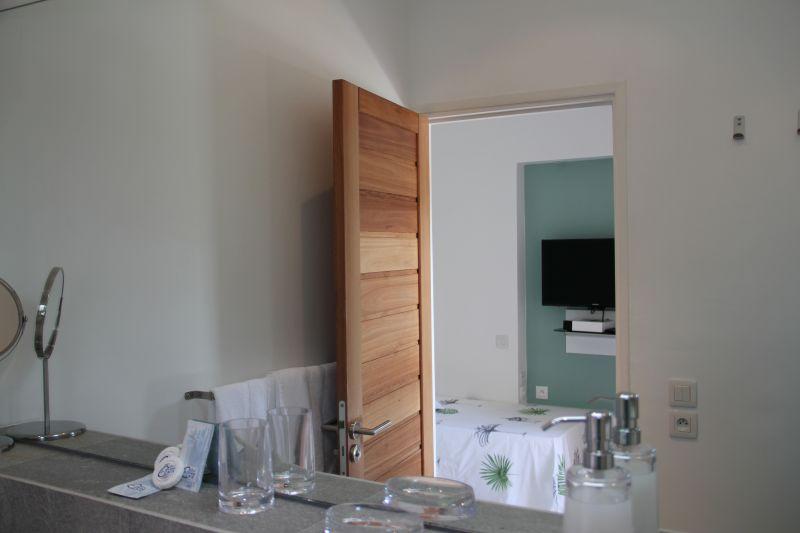 chambre 2 Location Chambre d'hôte insolite 93210 Gosier (Guadeloupe)