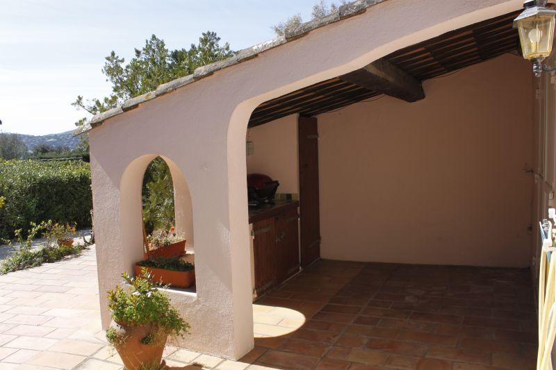 Cuisine d'été Location Maison 93909 Saint Tropez