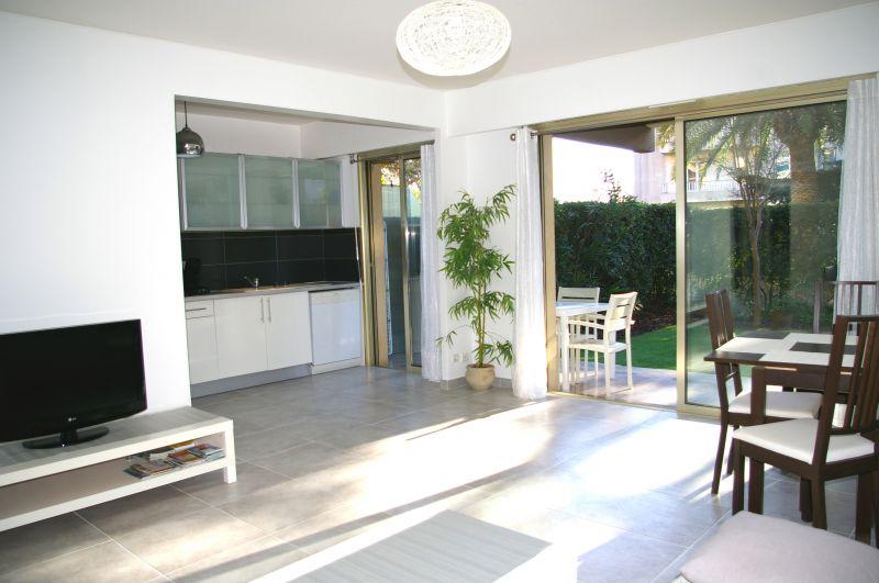 Séjour Location Appartement 101412 Nice