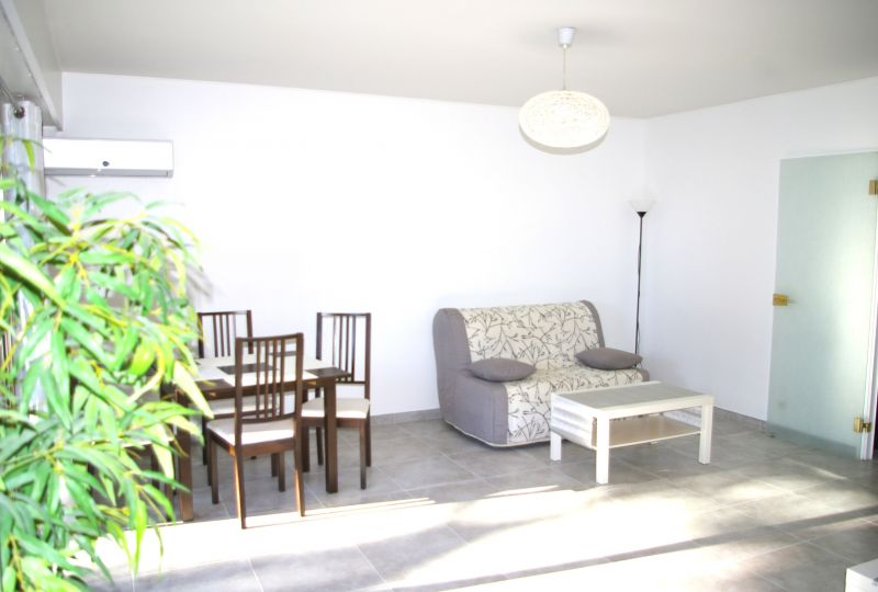 Salon Location Appartement 101412 Nice