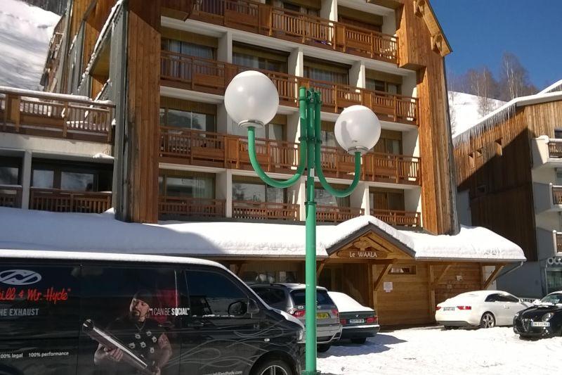 Vue extérieure de la location Location Appartement 106447 Les 2 Alpes