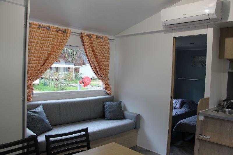 Salon Location Mobil-home 113181 Saint-Julien-en-Born