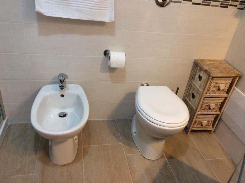 salle de bain Location Appartement 114223 Alghero
