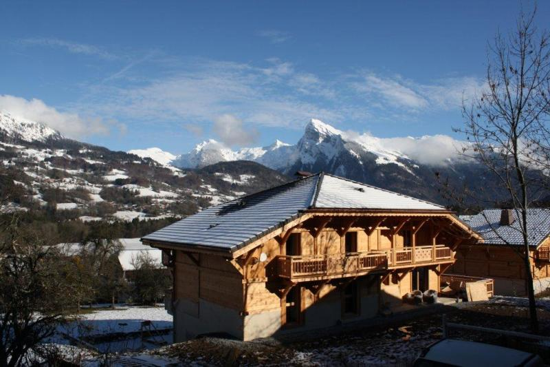Vue extérieure de la location Location Chalet 66506 Morillon Grand Massif