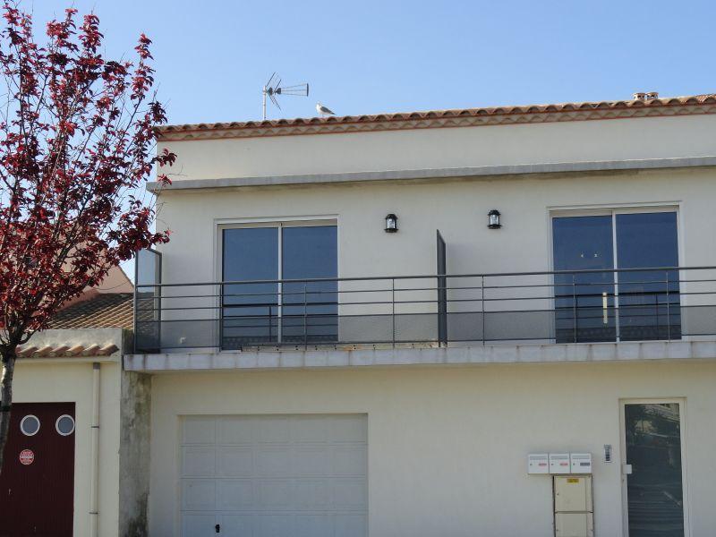 Vue extérieure de la location Location Appartement 69807 Le Grau du Roi