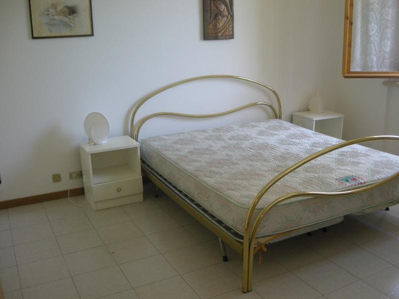 chambre 1 Location Appartement 71300 Numana