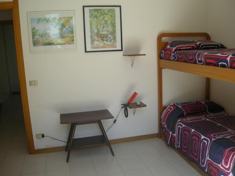 chambre 2 Location Appartement 71300 Numana