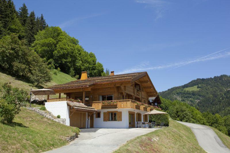 Vue extérieure de la location Location Chalet 86535 Le Grand Bornand