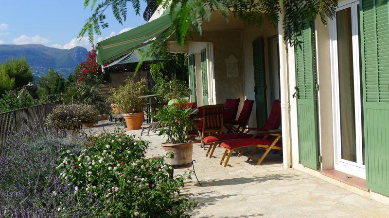 Terrasse Location Appartement 88168 Saint Paul de Vence