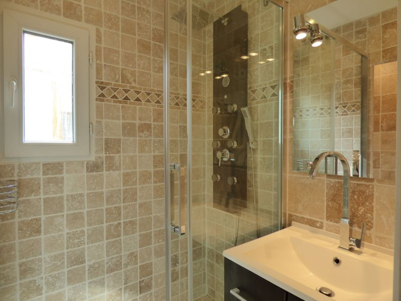 salle de bain Location Villa 89478 Valras-Plage