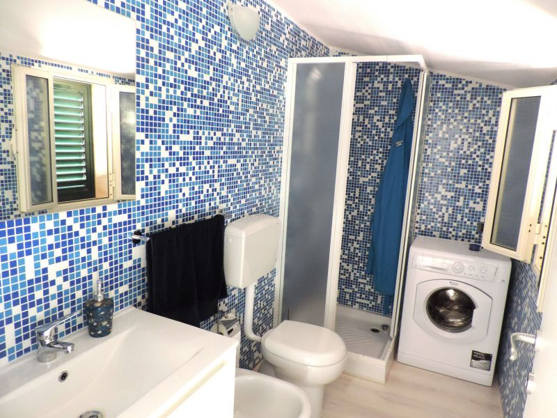 salle de bain 2 Location Appartement 103248 Marina di Ragusa