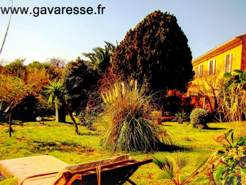 Vue extérieure de la location Location Maison 105230 Le Pradet