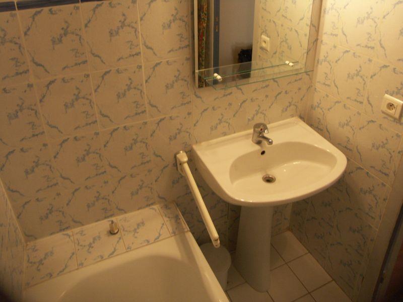 salle de bain Location Appartement 108003 Le Grau du Roi