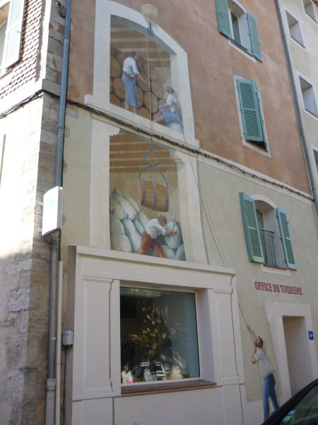 Vue à proximité Location Studio 110305 Cotignac