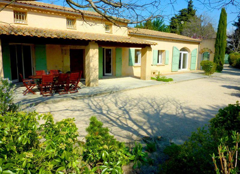 Vue extérieure de la location Location Maison 113130 Avignon