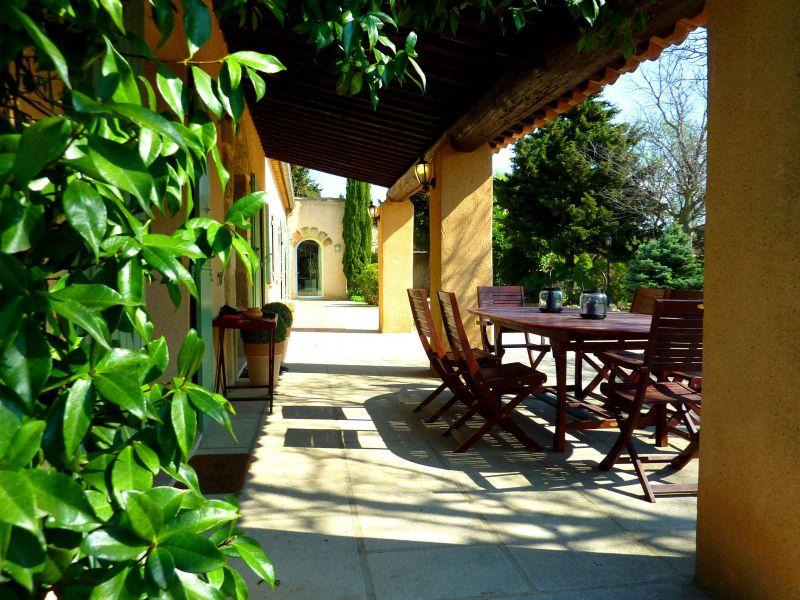 Terrasse Location Maison 113130 Avignon