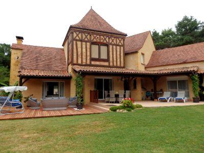 Vue extérieure de la location Location Villa 113497 Couze et Saint Front