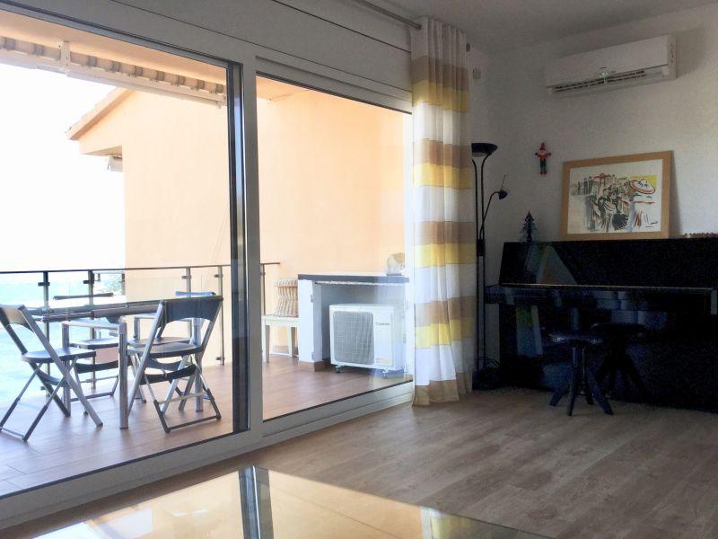 Salon Location Appartement 114453 Rosas