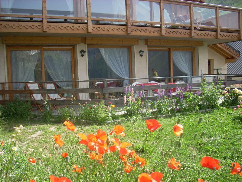 Vue extérieure de la location Location Appartement 118929 Les 2 Alpes
