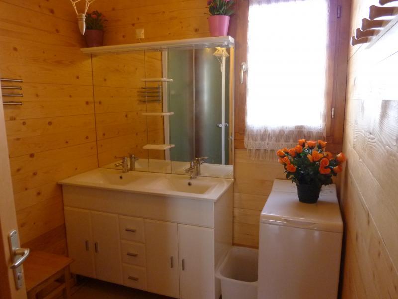 salle de bain 1 Location Chalet 65856 Les Orres