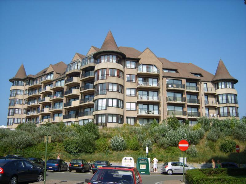 Vue extérieure de la location Location Appartement 78706 La Panne