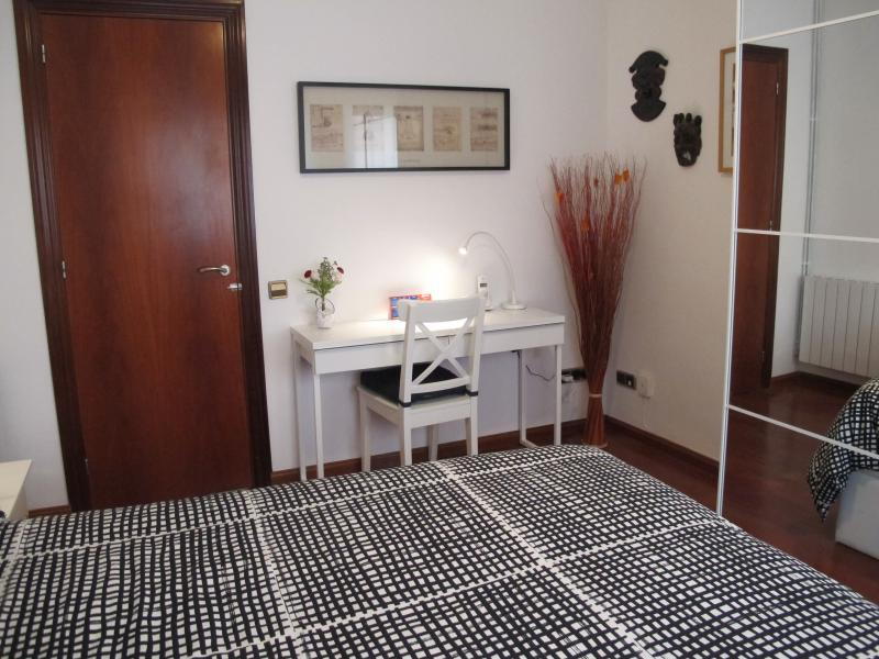 chambre 1 Location Appartement 81207 Barcelone