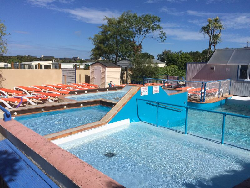 Piscine Location Mobil-home 83624 Cancale