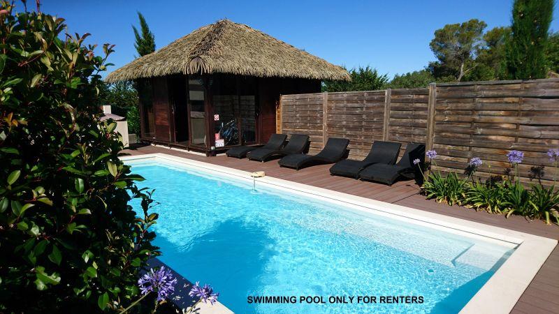 Piscine Location Gite 83734 Roquefort-les-Pins