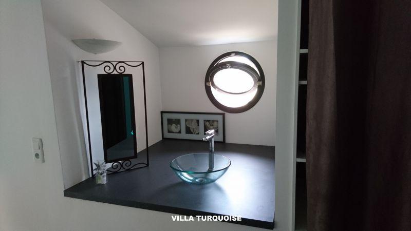 Salle d'eau Location Gite 83734 Roquefort-les-Pins