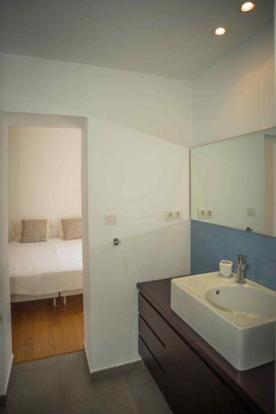 chambre 2 Location Villa 95047 Barcelone