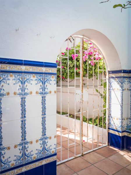Cour Location Villa 95047 Barcelone