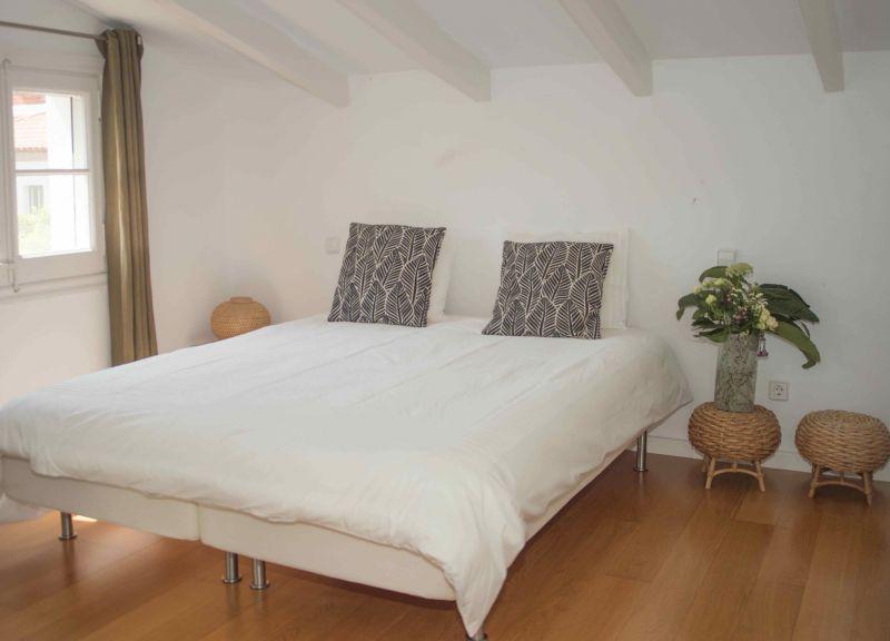 chambre 5 Location Villa 95047 Barcelone