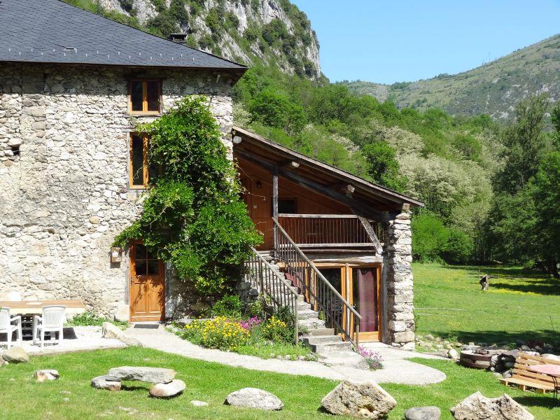 Location Gite 95886 Ussat les Bains