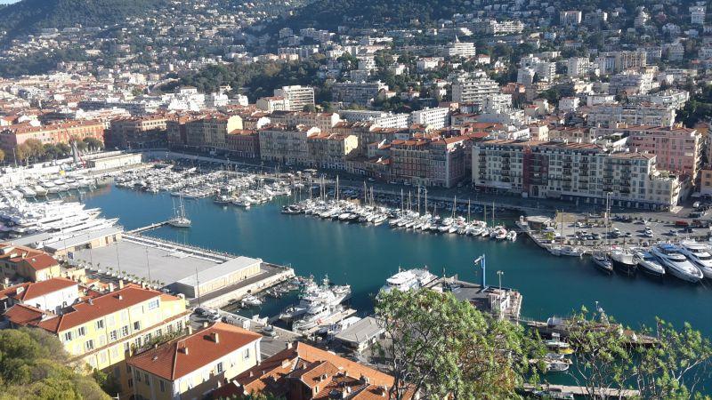 Vue à proximité Location Appartement 105916 Nice
