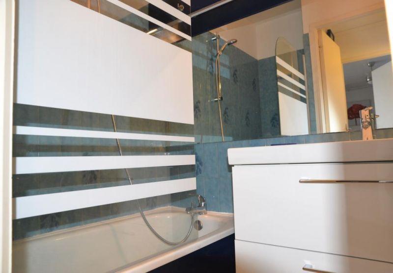 salle de bain Location Appartement 107887 Canet