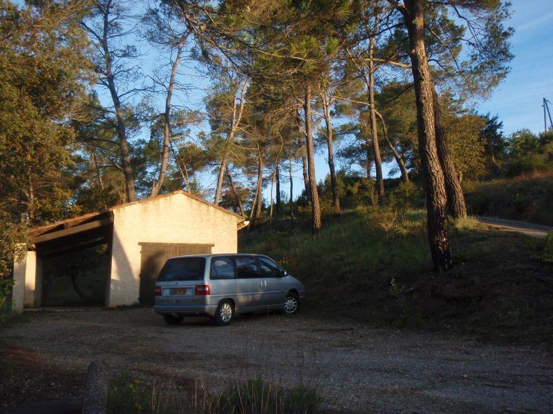Parking Location Villa 108016 Esparron-de-Verdon