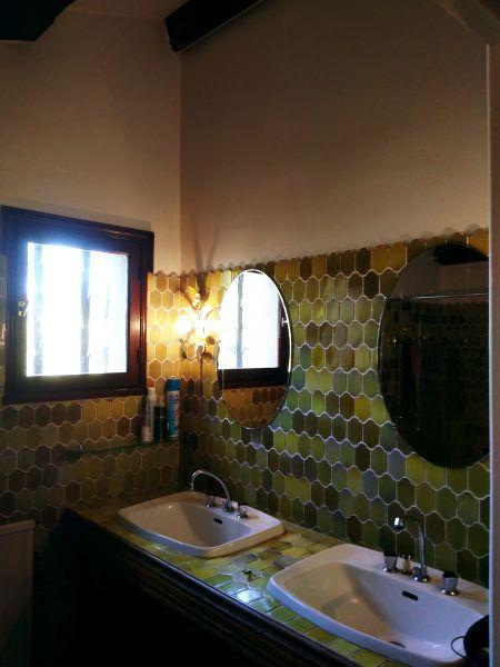 salle de bain Location Villa 108016 Esparron-de-Verdon