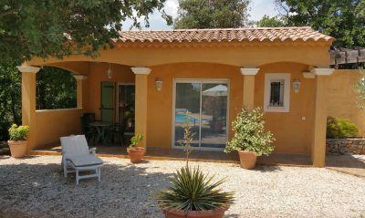 Vue extérieure de la location Location Appartement 108465 Brignoles