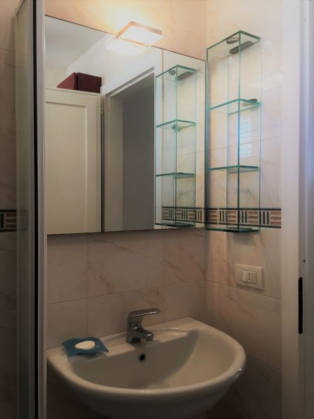 salle de bain Location Appartement 109553 Gallipoli