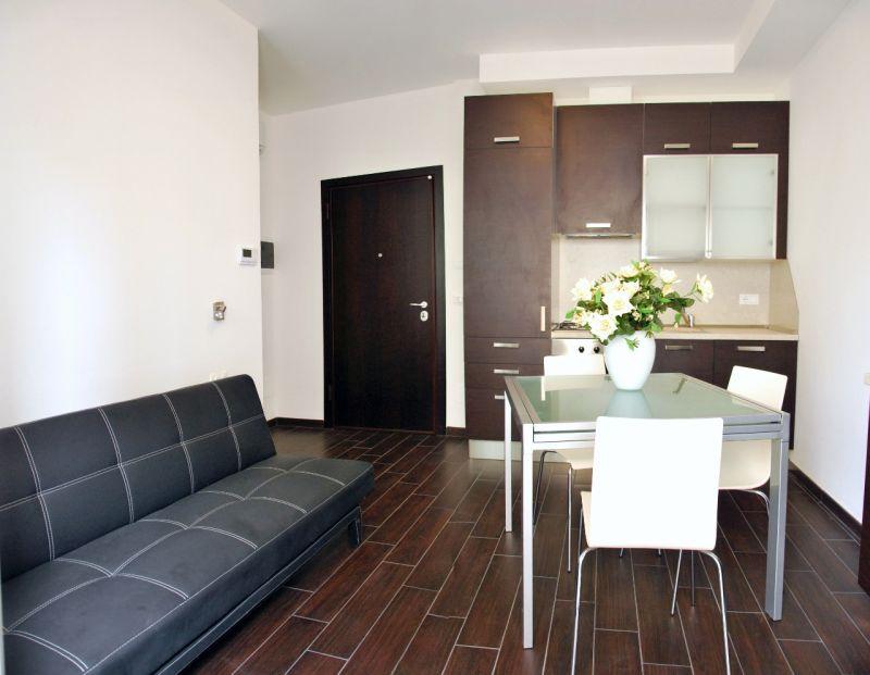 Séjour Location Appartement 110824 Rimini