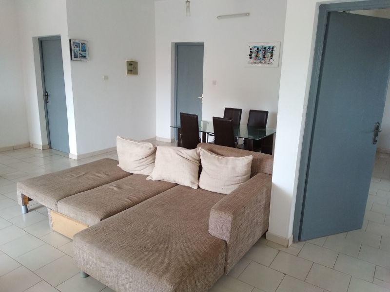 Salon Location Appartement 111884 Saly