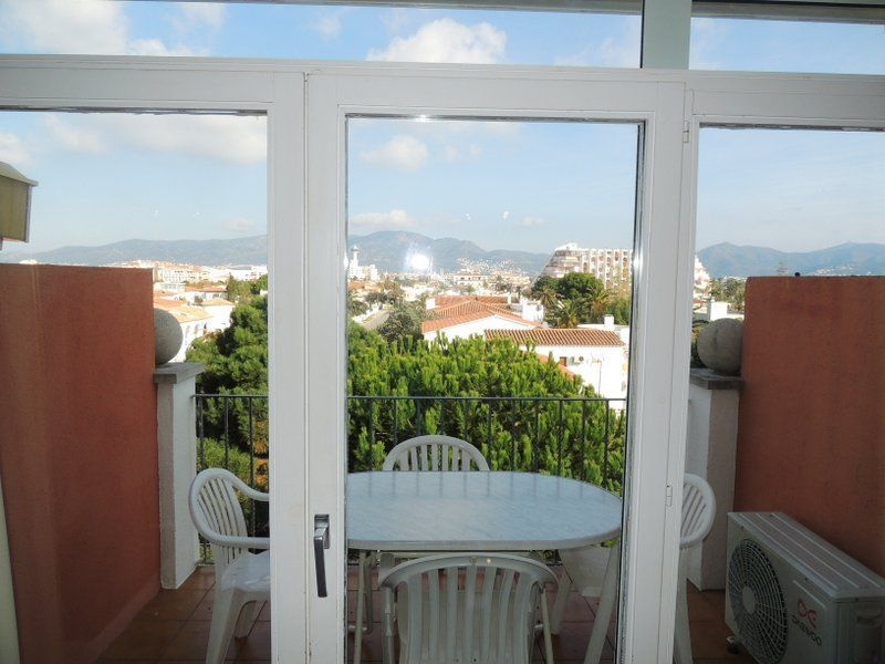 Terrasse 1 Location Appartement 112044 Empuriabrava