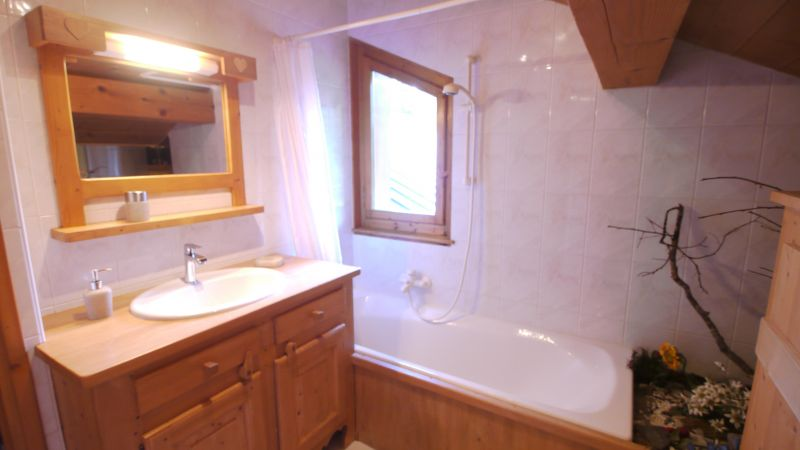 salle de bain Location Chalet 112178 Les Gets