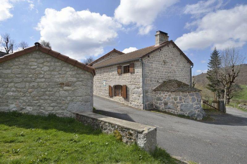 Vue extérieure de la location Location Gite 113350 Le Puy en Velay